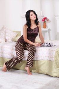 9135c4bd27f92 Купить Женские шелковые пижамы и домашние костюмы в Челябинске ...